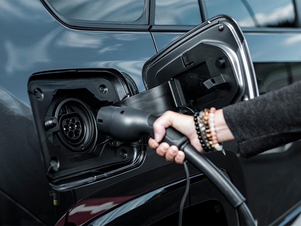 Aumentan las ventas de vehículos electrificados