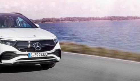 Mercedes-Benz EQA amplia su gama