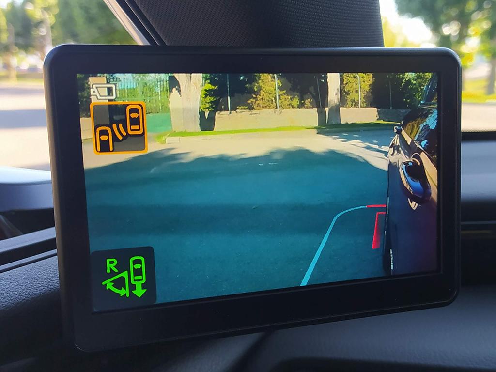 TestDrive - Lexus ES 300h, la duda entre conducir o que te lleven