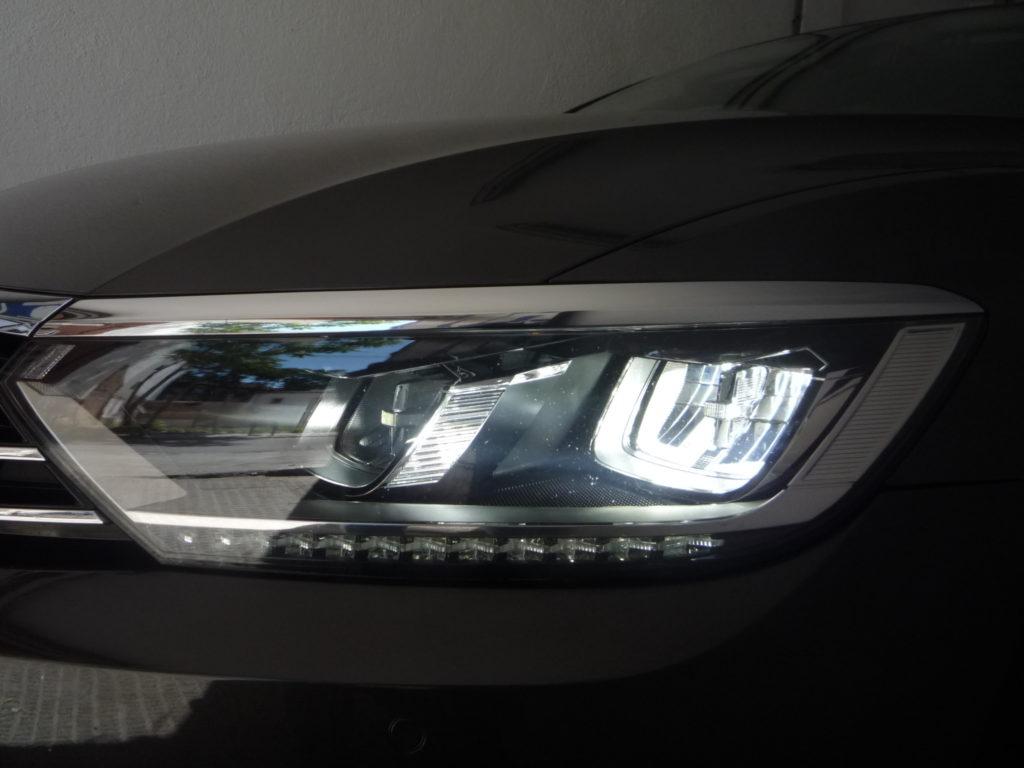 VW PASSAT 2.0 TDI ADVANCE 150 CV LED+NAVI ( IVA DEDUCIBLE )