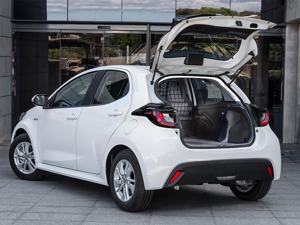 Toyota Yaris Electric ECOVan