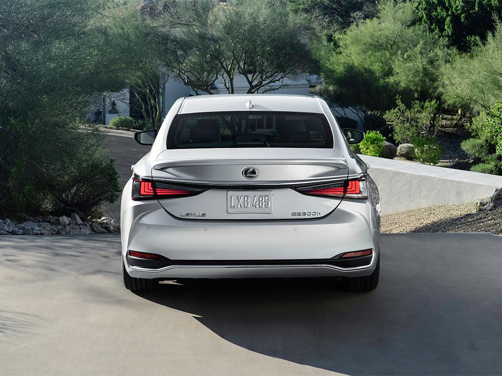 Lexus en el Automobile Barcelona 2021